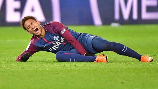 Neymar liên tục dính chấn thương trong thời gian gần đây.