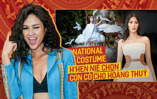 Hoa hậu H'Hen Niê mong muốn Hoàng Thùy và thiết kế chiến thắng cuộc thi tìm kiếm trang phục dân tộc năm nay sẽ giật luôn giải phụ Best National Costume - Miss Universe 2019.