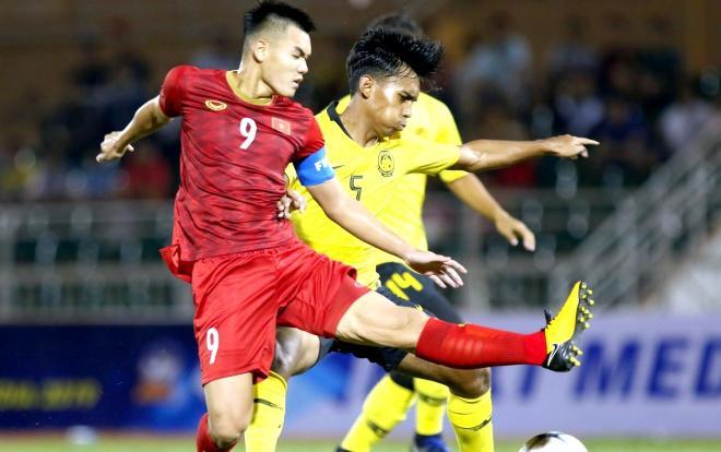 Trận đấu giữa U18 Việt Nam vs U18 Thái Lan đang nóng hơn bao giờ hết.