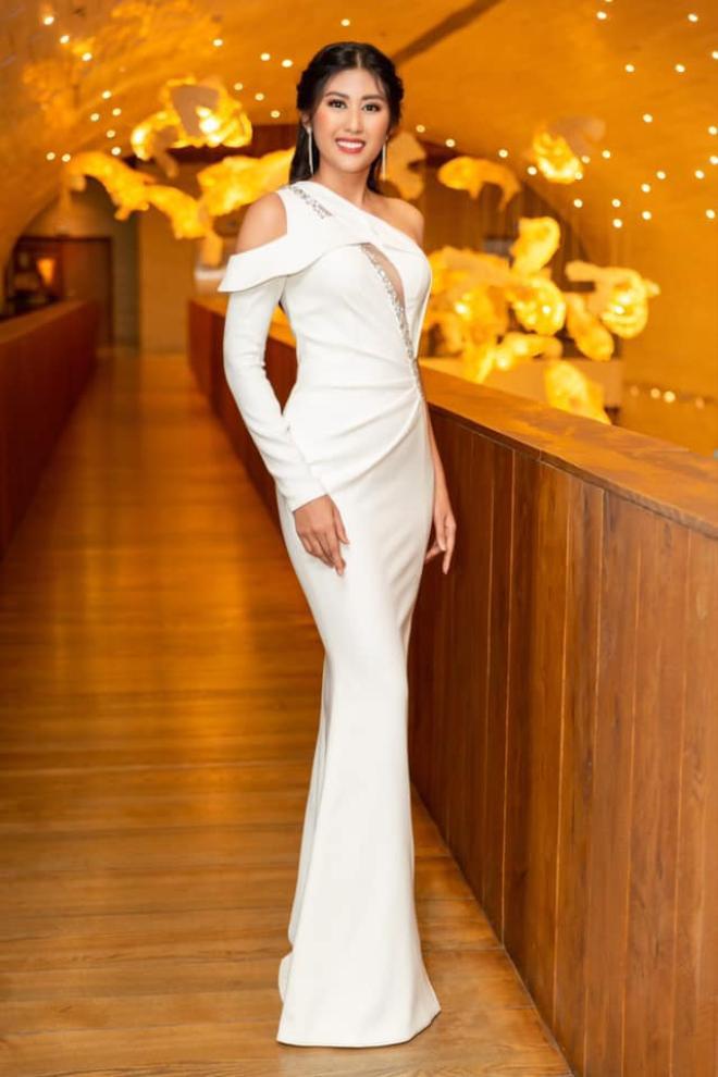 Ngô Thị Trúc Linh - Top 5 Miss Universe Vietnam 2015 được không ít khán giả mong chờ quay trở lại cuộc thi và toả sáng.