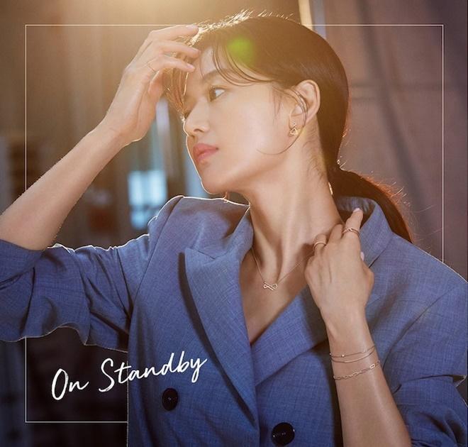 Mợ chảnh Jeon Ji Hyun tựa nữ thần, hút hồn trong bộ ảnh đẹp lung linh ảnh 3