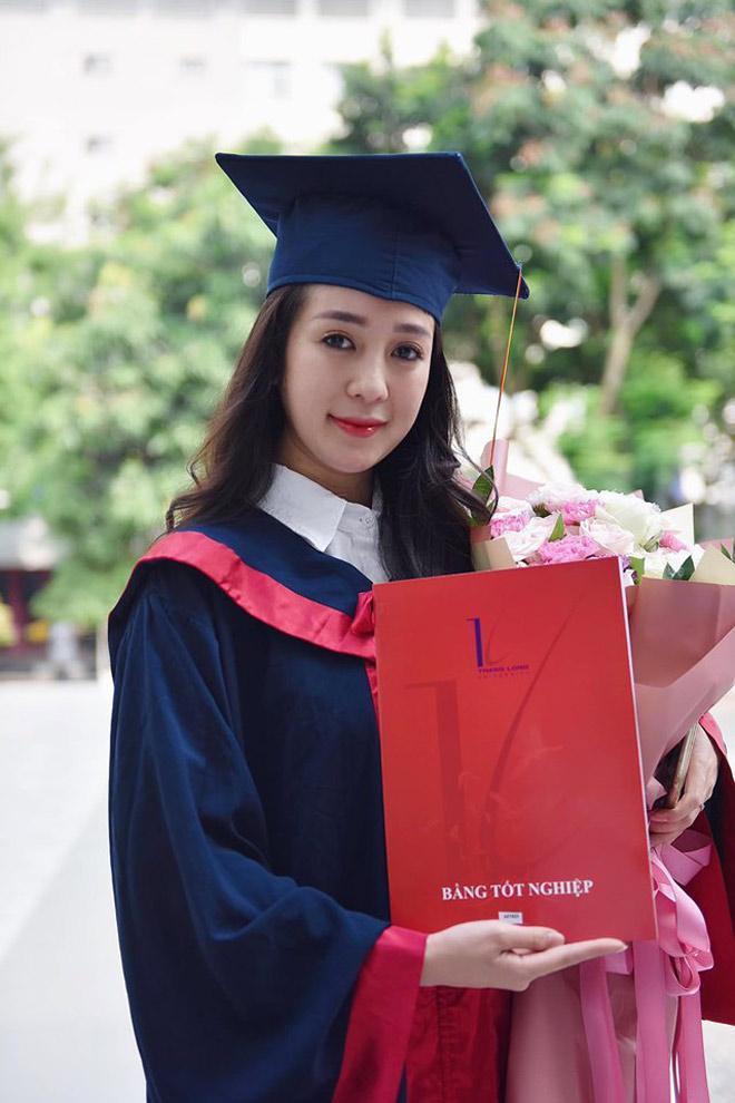 Cô nàng từng tốt nghiệp loại giỏi ĐH Thăng Long