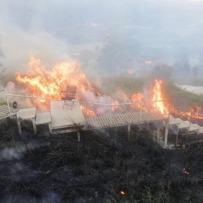 Đám cháy bùng phát hồi đầu tháng 3 năm nay thiêu rụi gần như toàn bộ tọa độ sống ảo tuyệt đẹp này.