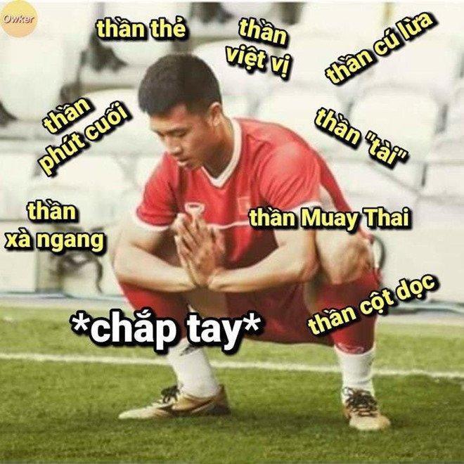 Nghi thức mới mỗi khi đụng độ tuyển Thái Lan.