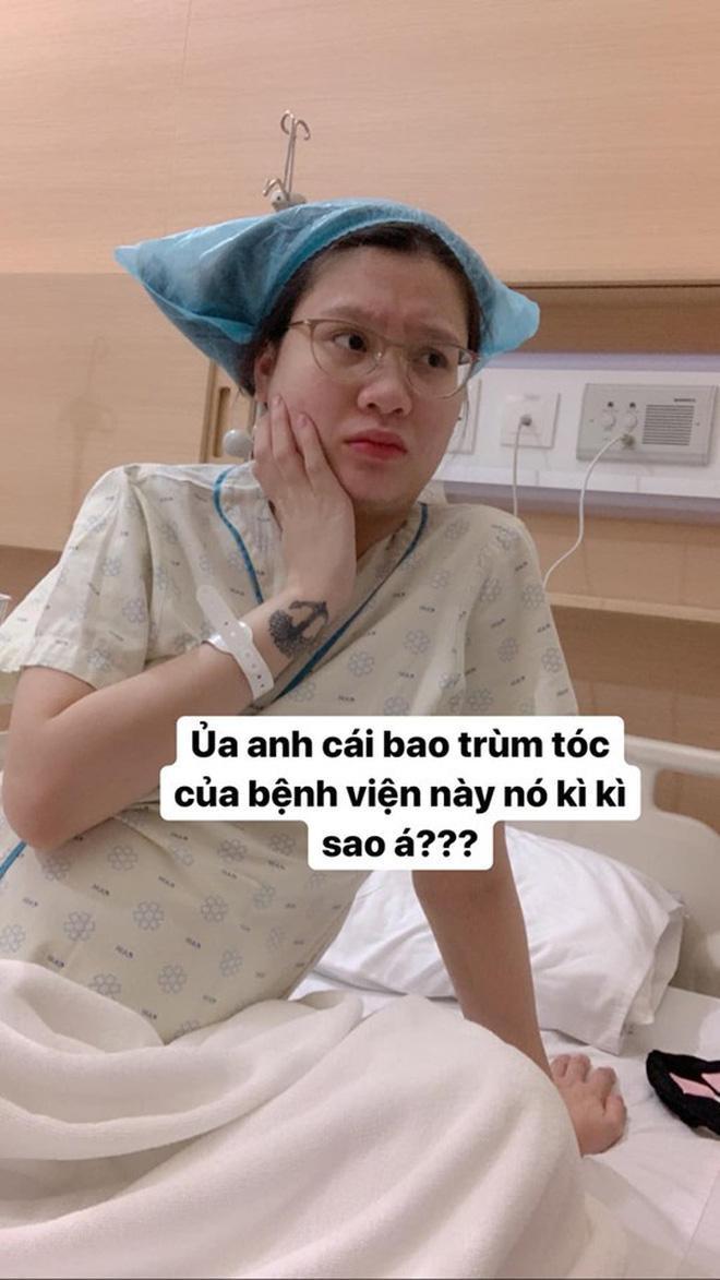 Hotmom Thanh Trần hạ sinh em bé thứ hai, lầy lội khoe khoảnh khắc hài hước trước giờ đẻ ảnh 0