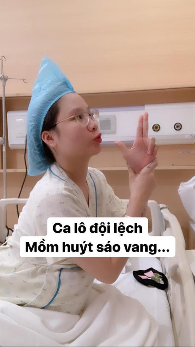 Hotmom Thanh Trần hạ sinh em bé thứ hai, lầy lội khoe khoảnh khắc hài hước trước giờ đẻ ảnh 3