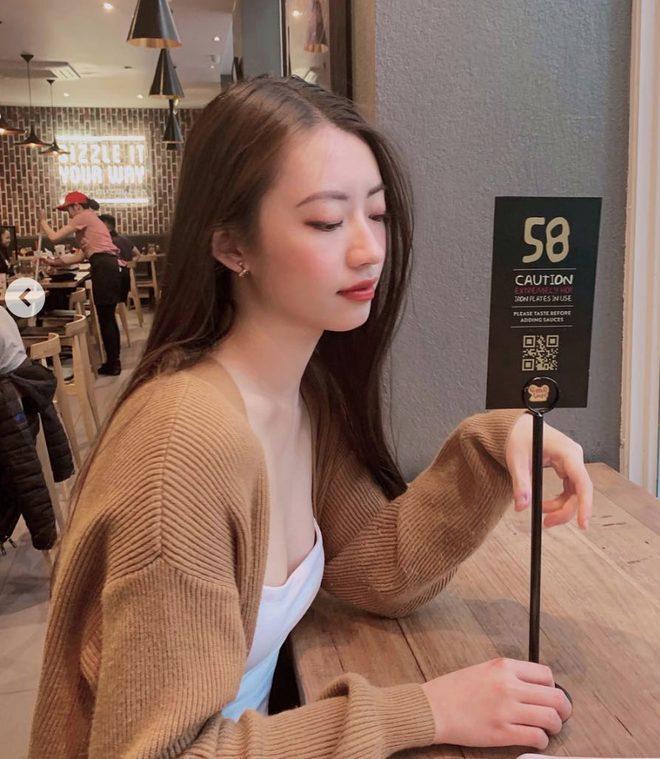 Chiều người yêu như Rocker Nguyễn, bỏ ra 2 ngày đêm để unfollow hết bạn bè trên instagram chỉ để theo dõi độc nhất bạn gái ảnh 2