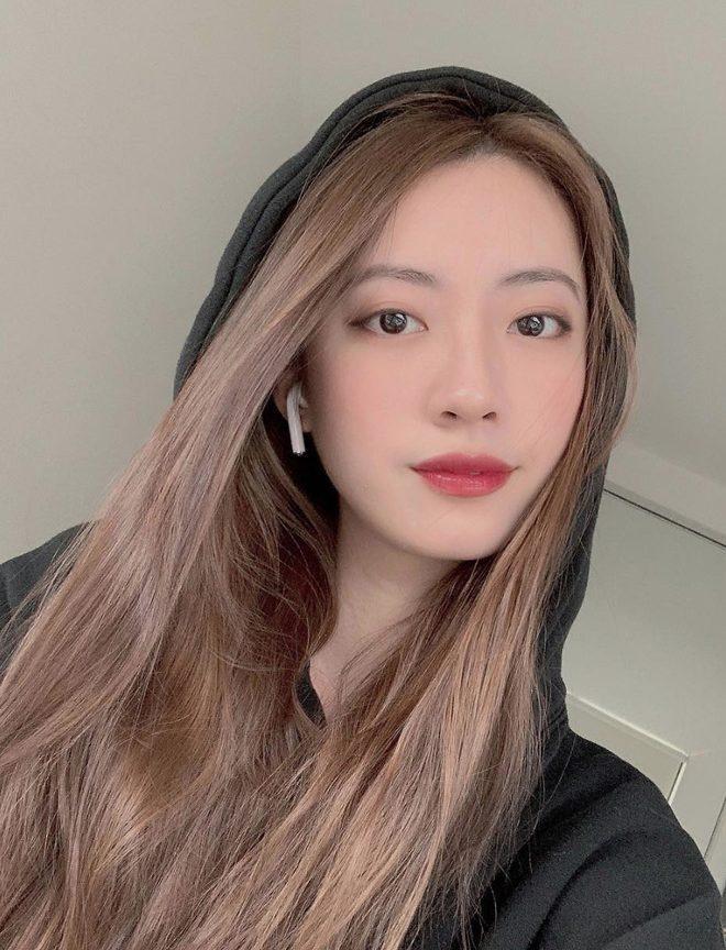 Chiều người yêu như Rocker Nguyễn, bỏ ra 2 ngày đêm để unfollow hết bạn bè trên instagram chỉ để theo dõi độc nhất bạn gái ảnh 4