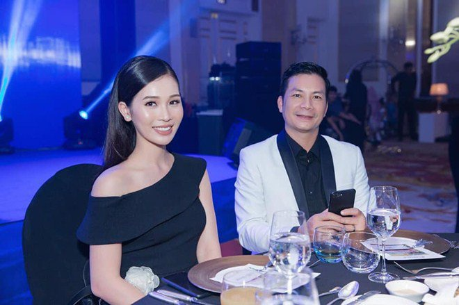 Hơn 1 năm xây dựng hạnh phúc, cặp đôiShark Hưng và Thu Trang đang sở hữu cuộc sống đầy viên mãn. Dù bận rộn công việc cá nhân, nhưng cả hai thường xuyên hâm nóng tình cảm bằng những chuyến du lịch nghỉ dưỡng đắt đỏ.