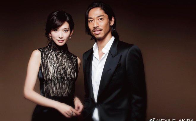 Nam ca sĩ bày tỏ hy vọng có thể xây dựng được một gia đình ấm áp, rạng ngời với Lâm Chí Linh.