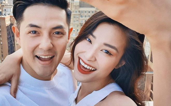 """Cặp đôi """"vàng"""" của showbiz Việt - Đông Nhi và Ông Cao Thắng"""