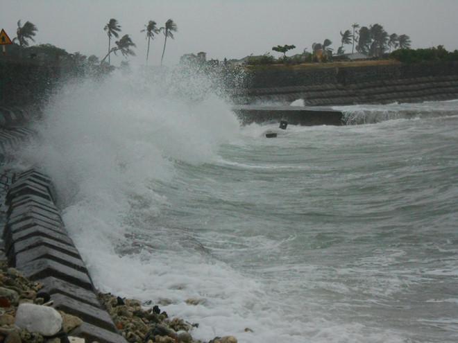 Vùng áp thấp trên Biển Đông có khả năng mạnh lên thành áp thấp nhiệt đới. Ảnh minh họa