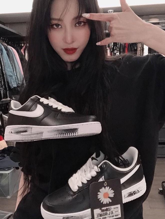 Nike Air Force 1 x PEACEMINUSONE Para-noise hiện là đôi giày được săn đón, hot nhất trên mạng xã hội, tất cả các tìn đồ thời trang đều khao khát có được