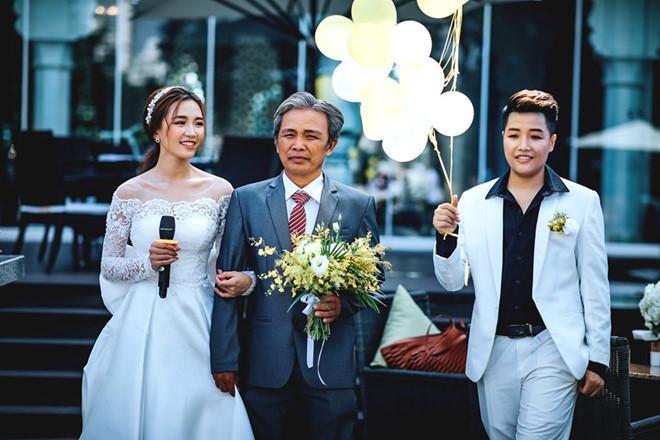 Hotgirl Tú Tri tiết lộ từng từ chối đề nghị bao nuôi của đại gia để kết hôn với đạo diễn chuyển giới YunBin khi mới 20 tuổi ảnh 2