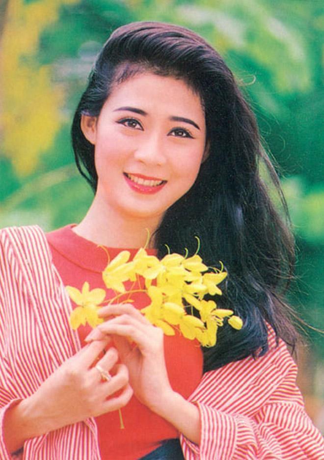 Cuộc sống hiện tại của Nữ hoàng ảnh lịch Diễm Hương bây giờ ra sao? ảnh 0