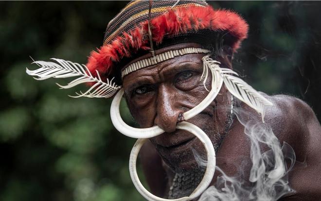 Vẻ ngoài của đàn ông bộ tộc Dani