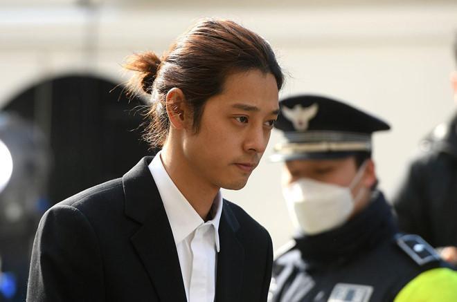 Từ khóa tìm kiếm nhiều nhất Google Hàn Quốc 2019: Không thể thiếu Song Hye Kyo  Song Joong Ki, Sulli tự tử và scandal Burning Sun ảnh 1