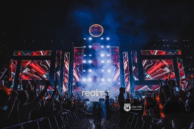 """Siêu nhạc hội Realme Connection tại Hà Nội hứa hẹn sẽ khiến khán giả """"bùng cháy"""" dịp đông về."""