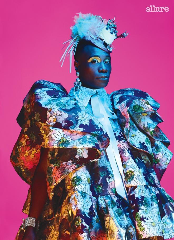 Thậm chí , Billy Porter trở thành nghệ sĩ nam đầu tiên xuất hiện trên bìa tạp chí làm đẹp dành cho phái nữ Allure nổi tiếng tại Mỹ