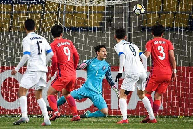 Cuộc đối đầu giữa Hàn Quốc và Uzbekistan diễn ra rất hấp dẫn.