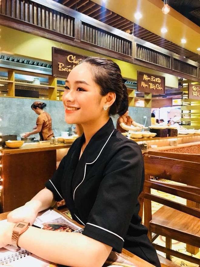 Bạn thân người yêu tin đồn Quang Hải chiếm spotlight mạng xã hội khi đến cổ vũ đội tuyển Việt Nam ảnh 5