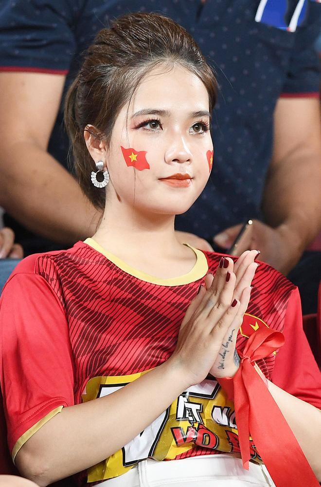 Huyền My – bạn gái tin đồn của Quang Hải