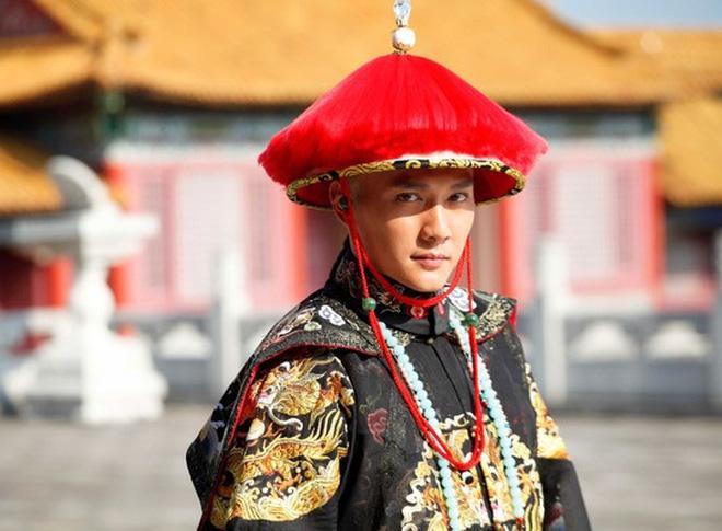Dựa vào Triệu Lệ Dĩnh, Phùng Thiệu Phong lấy lòng đạo diễn cạnh tranh vai diễn với Đặng Luân? ảnh 4