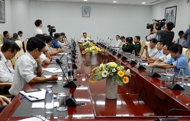 Cuộc họp khẩn các ban, ngành liên quan của Đà Nẵng để bàn phương án phòng chống dịch viêm phổi cấp do virus corona gây ra. Nguồn ảnh: Zing.vn