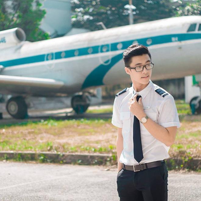 Hồ Zy Đan đang là sinh viên Học viện Hàng không, đến từ Gia Lai.