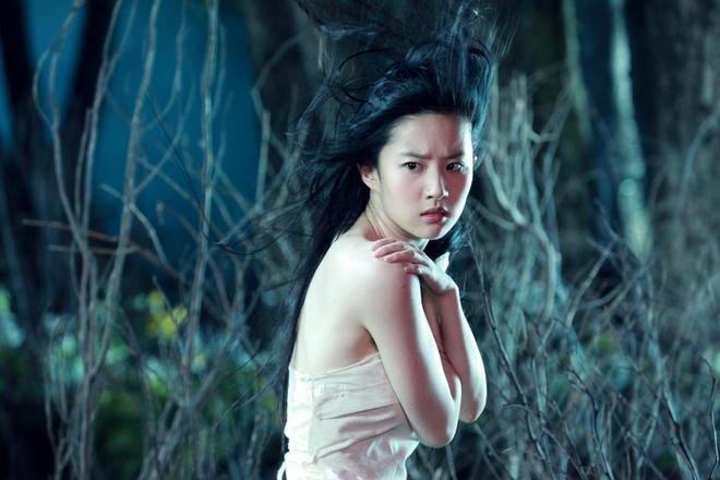 Dương Mịch, Lưu Diệc Phi ăn đứt Trịnh Sảng khi vào vai Nhiếp Tiểu Thiến trong Thiện nữ u hồn ảnh 8