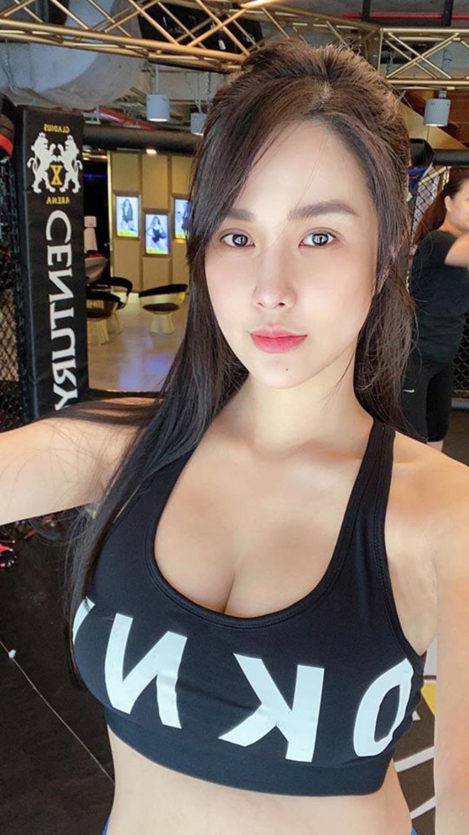 Diệp Lâm Anh diện bikini khoe body nóng bỏng sau khi sinh con thứ 2 ảnh 2