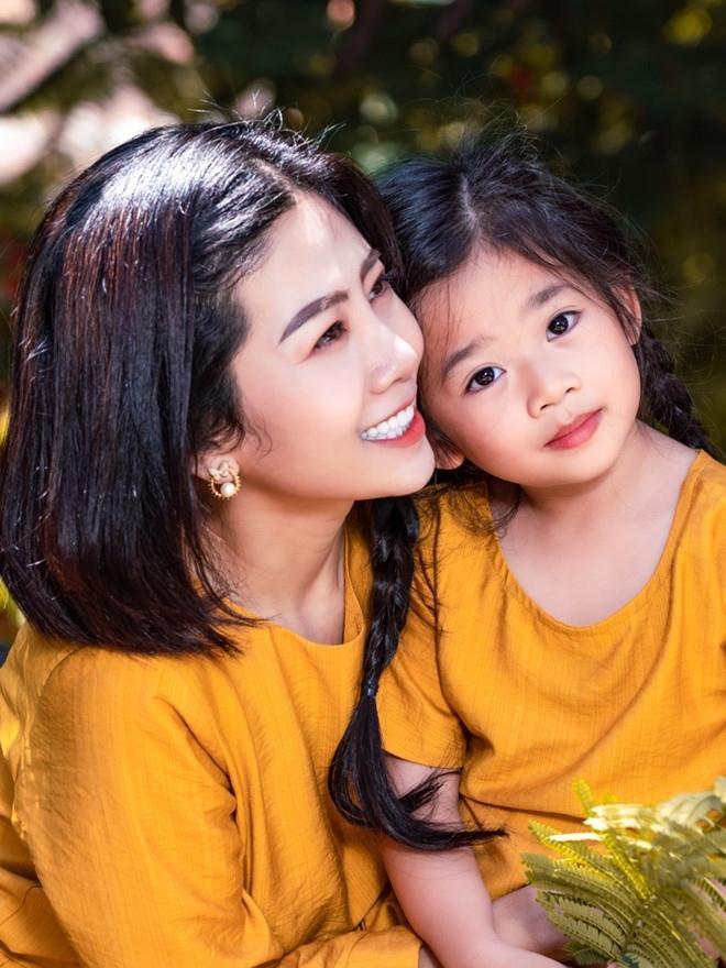 Vy Oanh chia sẻ: Tâm nguyện cuối cùng của Mai Phương là gửi con gái vào chùa để ít bị quấy rầy ảnh 2
