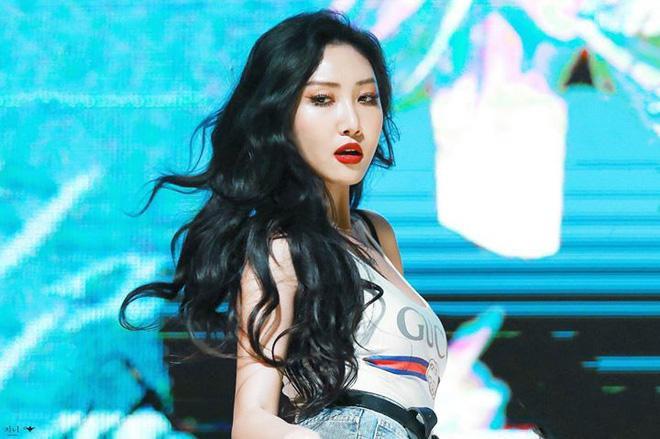 Những nàng Rapunzel sở hữu mái tóc dài quyến rũ của Kpop ảnh 17