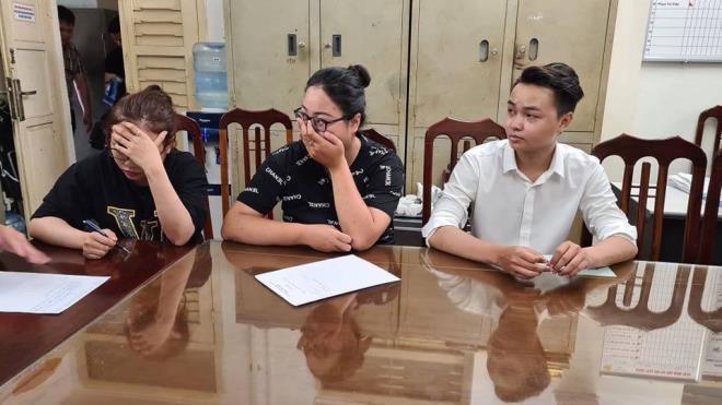 Các đối tượng tại cơ quan công an. Ảnh: VTC News