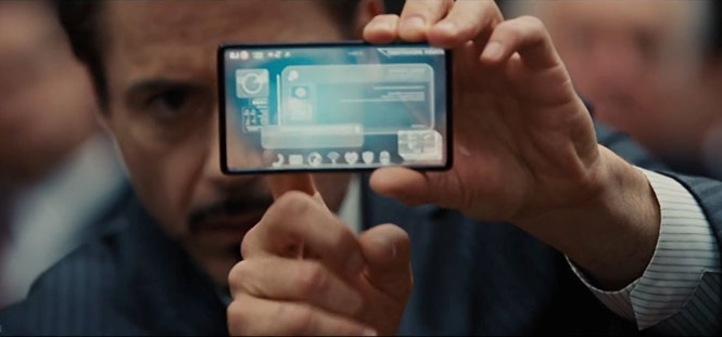 Iron Man 2 (2010) - LG trong suốt:Trong Iron Man 2, phân đoạn Tony Stark sử dụng điện thoại để hack vào thiết bị điện tử trong phiên tòa, tỉ phú Stark vẫn sử dụng điện thoại LG với thiết kế trong suốt. Được biết, đây là mẫu điện thoại này là viễn tưởng được thiết kế bởi LG, một trong những hãng tài trợ kinh phí cho bộ phim tạo riêng cho bộ phim.