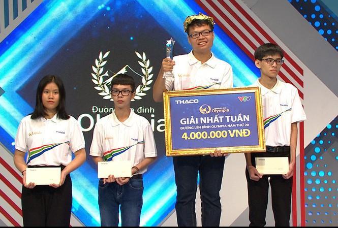 Toàn Thắng xuất sắc giành ngôi vô địch ở cuộc thi tuần lần này.