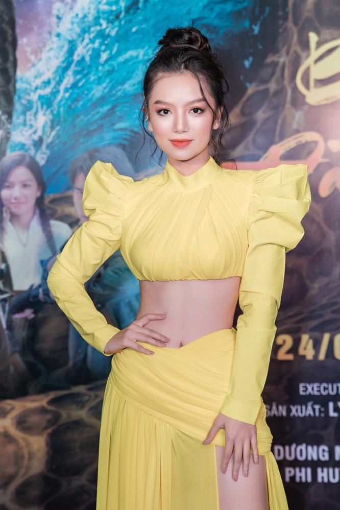 Bí mật đảo Linh Xà: Dàn diễn viên Việt Nam và quốc tế cùng đọ sắc thêm thảm đỏ ảnh 3