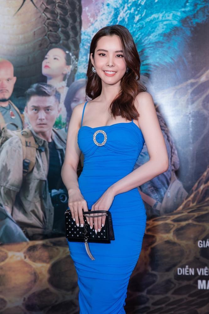 Bí mật đảo Linh Xà: Dàn diễn viên Việt Nam và quốc tế cùng đọ sắc thêm thảm đỏ ảnh 11