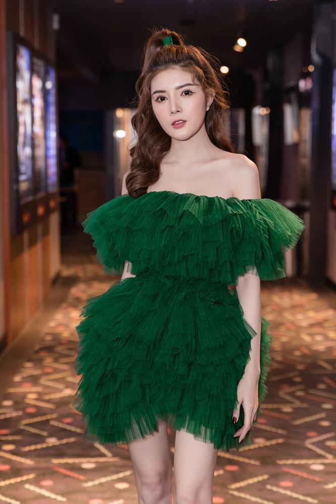 Bí mật đảo Linh Xà: Dàn diễn viên Việt Nam và quốc tế cùng đọ sắc thêm thảm đỏ ảnh 10