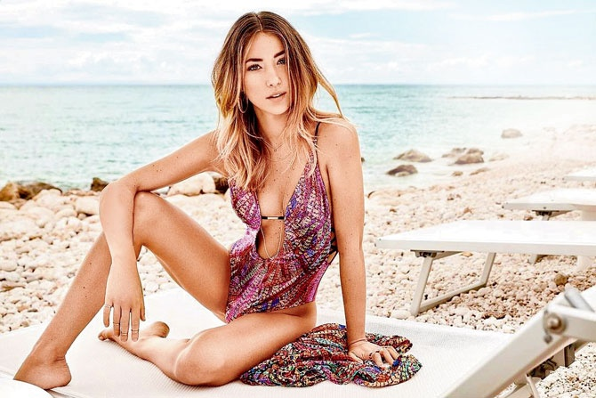 Từ thời sinh viên, cô đã sớm nổi danh tại các sàn diễn thời trang nước Ý.