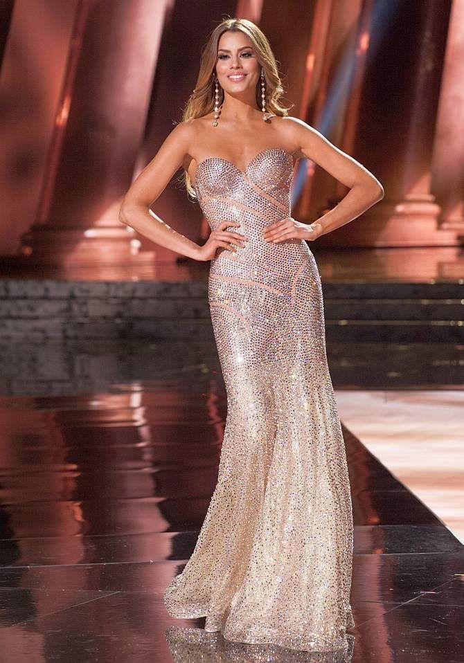 Á hậu 1 – Miss Universe 2015 –Ariadna Guttierrez người Colombia nằm ở vị trí thứ 4.