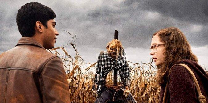 Cái kết của 'Scary Stories to Tell in the Dark' khép lại một cơn ác mộng và dựng lên một thứ đáng sợ hơn! ảnh 5