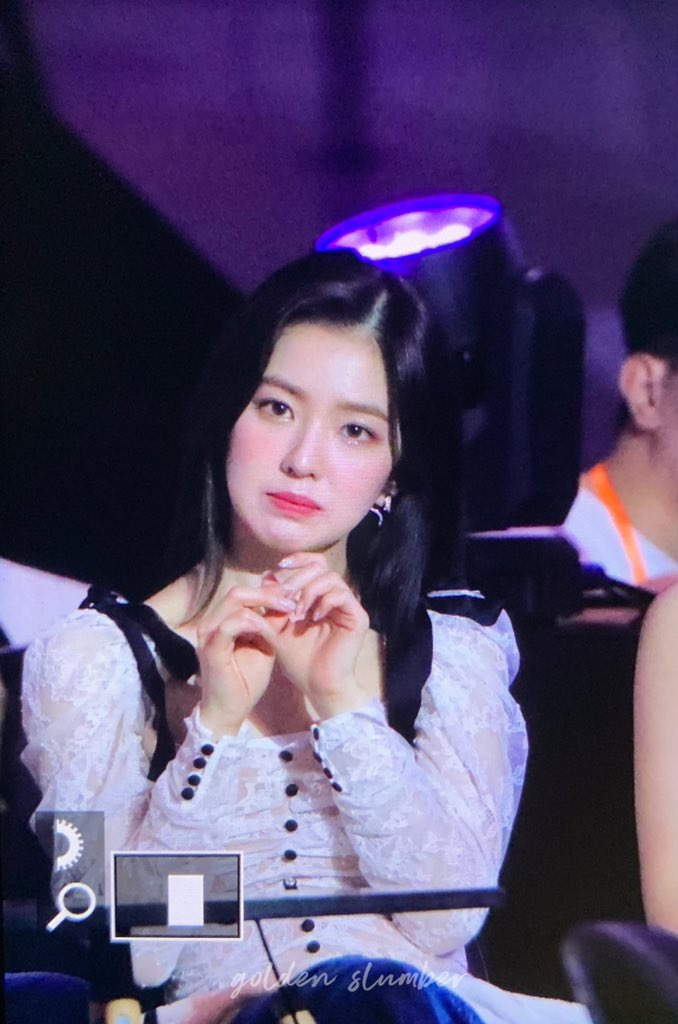 Irene cũng đáng yêu lắm đấy nhé!