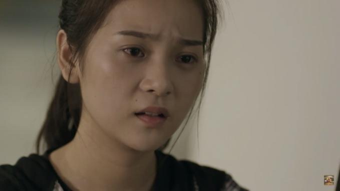 """Triều Dân hóa thân thành nhân vật Dung trong phim """"Ngày ấy mình đã yêu""""."""