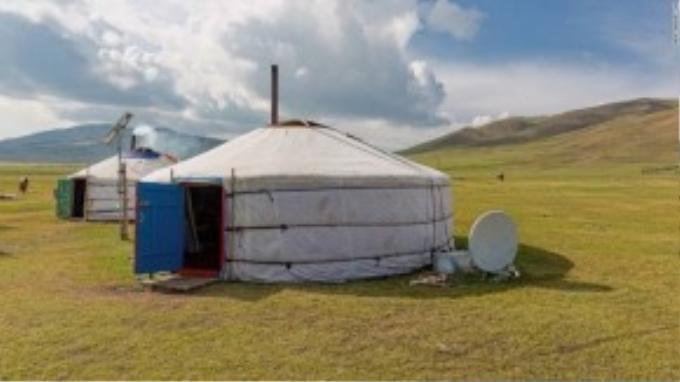 Mỗi một túp lều ở nông thôn Mông Cổ đều có thể là một trạm dừng chân lí tương, thậm chí là một khách sạn.