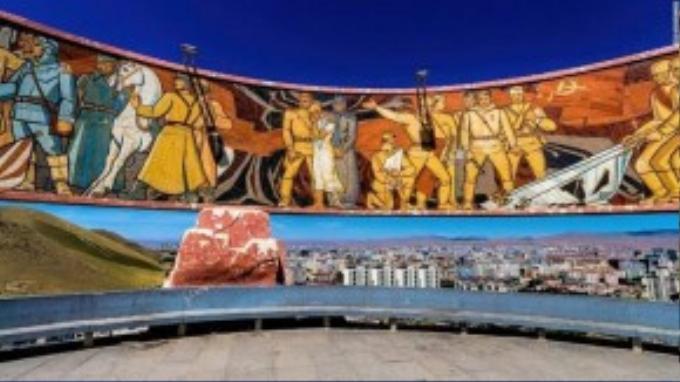 Từ đây, du khách sẽ có tầm nhìn tuyệt đẹp của thành phố và cảnh hoảng hôn rực rỡ.