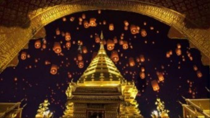 Liệu sau những tai nạn xảy ra, lễ hội thả đèn trời có còn được duy trì?