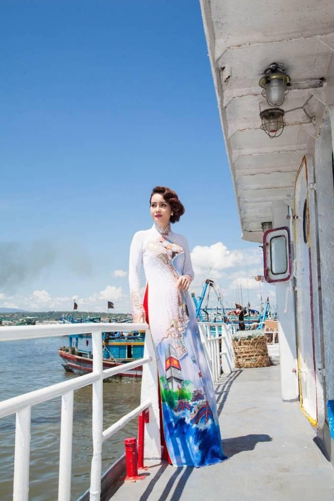 Nguyễn Thùy Linh đăng quang Hoa khôi Doanh nhân 2015 ảnh 3