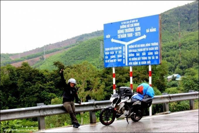 Dùng xe máy, chàng 8x vận chuyển bưu phẩm xuyên Việt ảnh 6