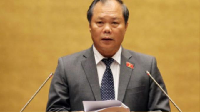 Ông Phan Trung Lý phát biểu trước thời điểm biểu quyết.
